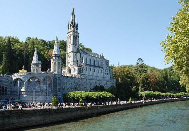 Pellegrinaggio a Lourdes a 115€ Volo+Soggiorno » Viaggiafree