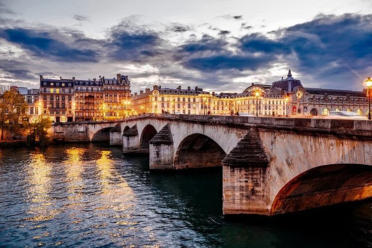 San Valentino a Parigi a 105€ Volo+Soggiorno » Viaggiafree