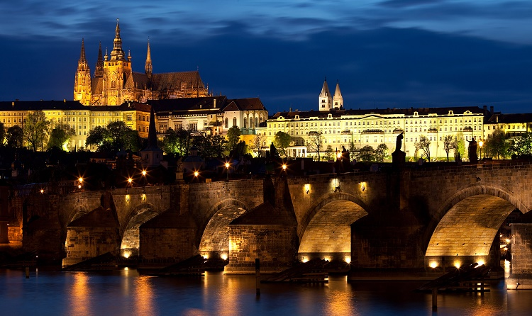 Praga a settembre: 3 giorni a 83€ Volo+Soggiorno » Viaggiafree