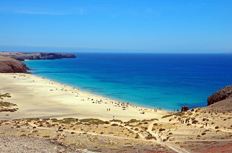 Lanzarote a novembre: 7 giorni a 210€ Volo+Soggiorno » Viaggiafree